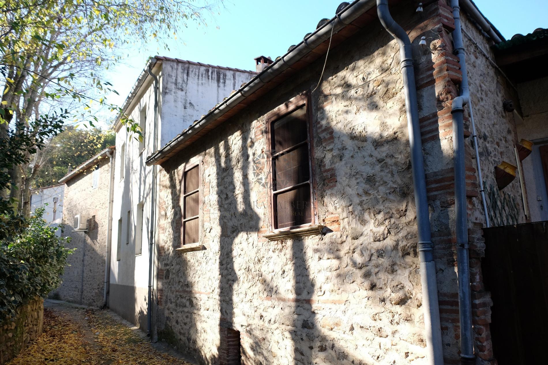 Vente maison de village laroque des alberes avec terra albera for Acheter une maison de village